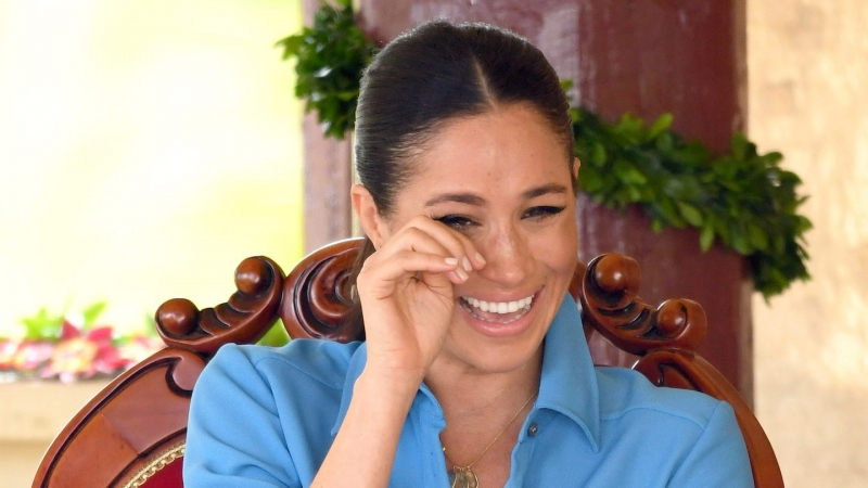 meghan-markle-cry-laughing.jpg